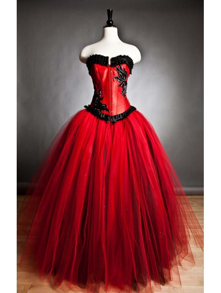 Red and black romantic gothic corset prom gown for Harley quinn wedding dress