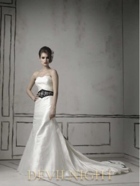 home wedding black and white long sleeves gothic wedding dress