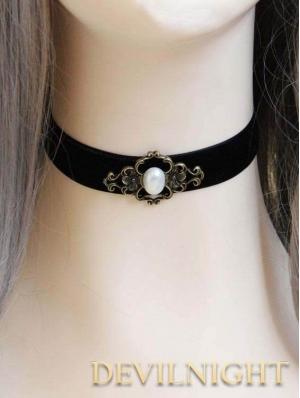 Gothic Victorian Short Pendant Necklace