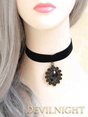 Black Pendant Gothic Victorian Necklace