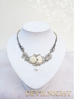 Flower Peal Vintage Victorian Necklace Jewelry