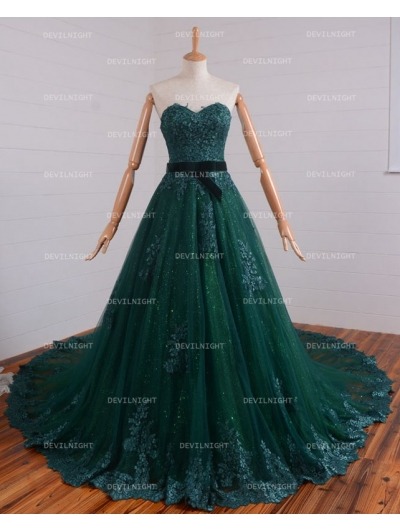Romantic Green Lace Gothic Wedding Dress