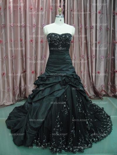 Black beading a line gothic wedding dress for Black gothic wedding dress