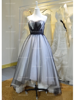 Fashion Black and White High-Low Gothic Wedding Dress