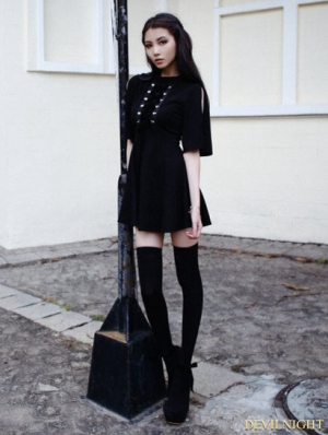Black Short Sleeves Gothic Velvet Dress