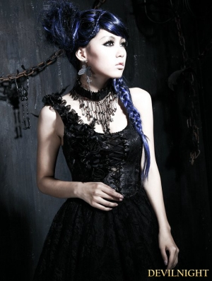 Gothic Pin Skull Necklace