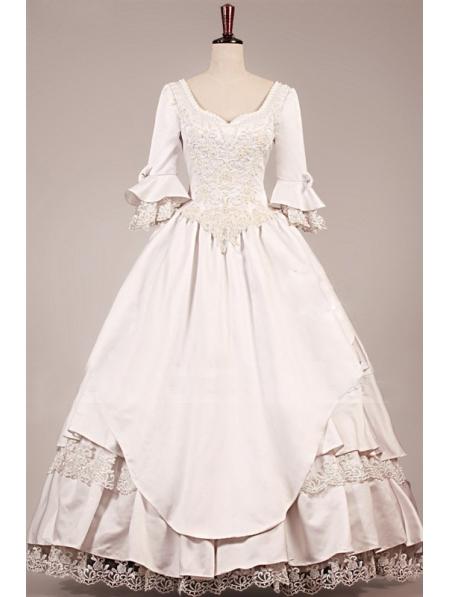 Vintage victorian wedding dress for Wedding dress display at home