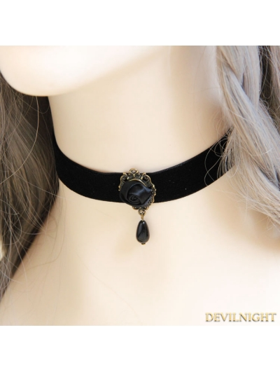 Black Gothic Vampire Simple Rose Necklace