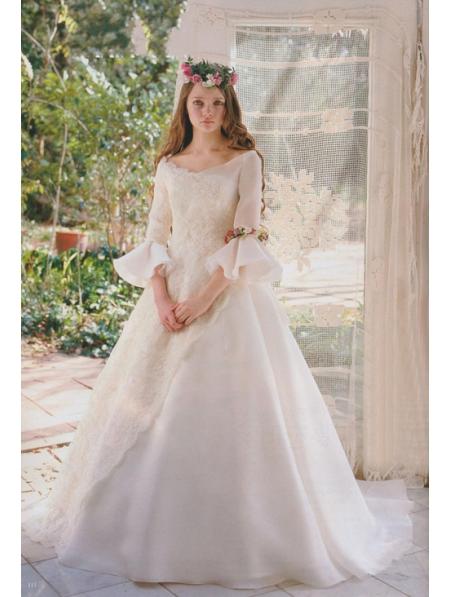 Princess fair tale victorian style wedding dress for Victorian inspired wedding dress