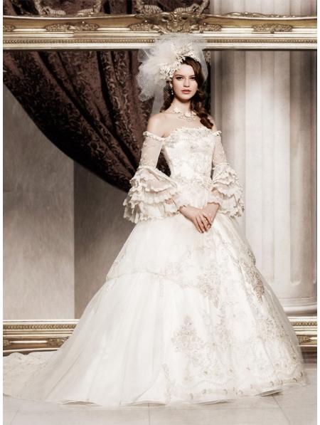 Off the shoulder princess vintage victorian wedding dress for Vintage princess wedding dress
