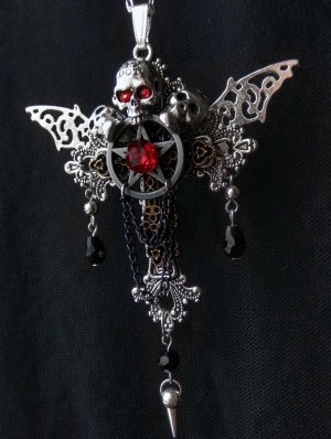 Gothic Steampunk Skull Pendant Necklace