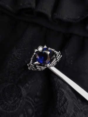 Gothic Blue Heart Crystal Ring