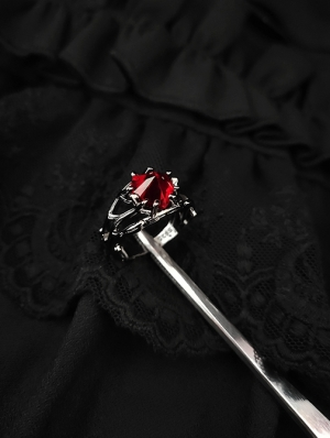 Vintage Gothic Red Heart Jewel Ring
