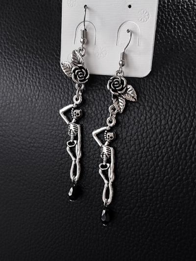 Vintage Gothic Rose Asymmetrical Long Earrings