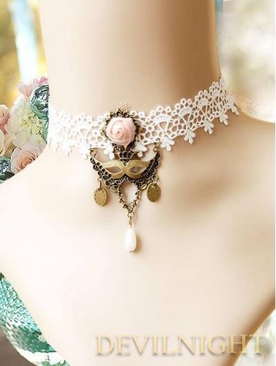 White Lace Flower Vintage Victorian Style Lolita Necklace