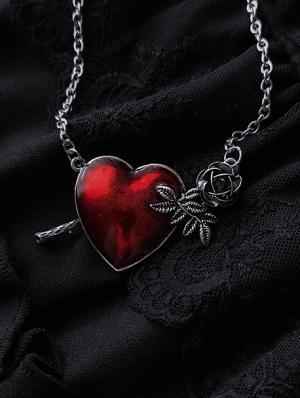 Vintage Gothic Rose Heart Pendant Necklace