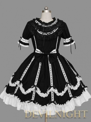 Black Short Sleeves White Lace Ribbon Bow Sweet Gothic Lolita Dress